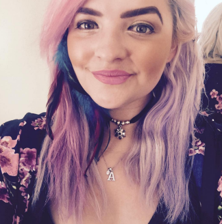 Hair Extensions with Hair Chalk